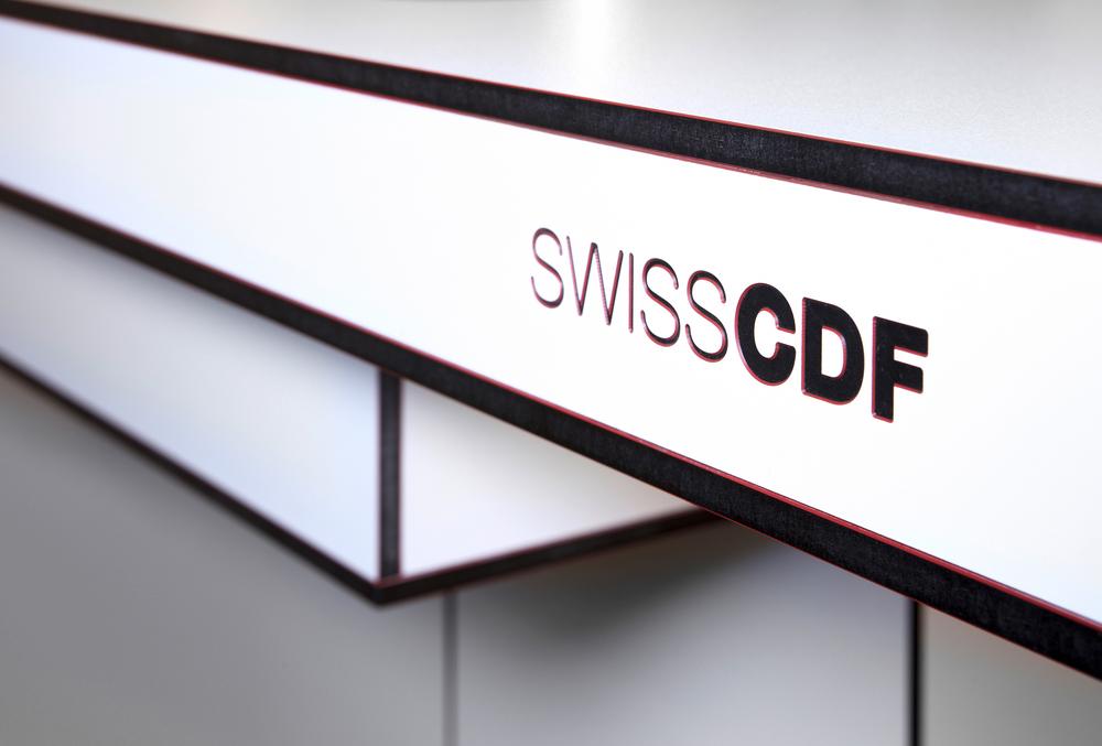 SWISS_CDF_Tischplatt62343C.jpg