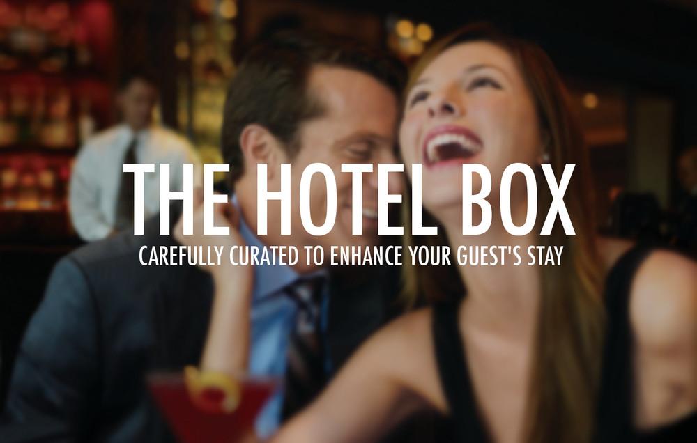 hotel box Couple-Sips.jpg