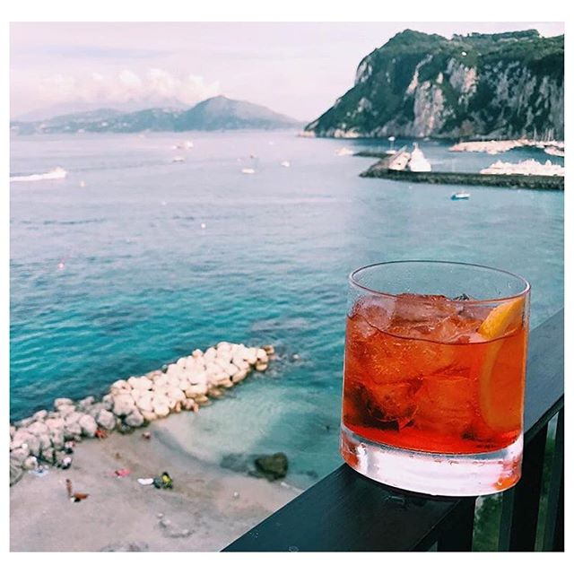 Feelin' this Friday salivation inspiration. 📷 @howyouglow cheers to the weekend! #bestustudio #howyouglow #friday #cheers