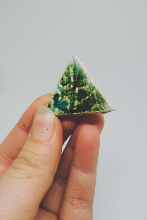 Ceramic pin.jpg