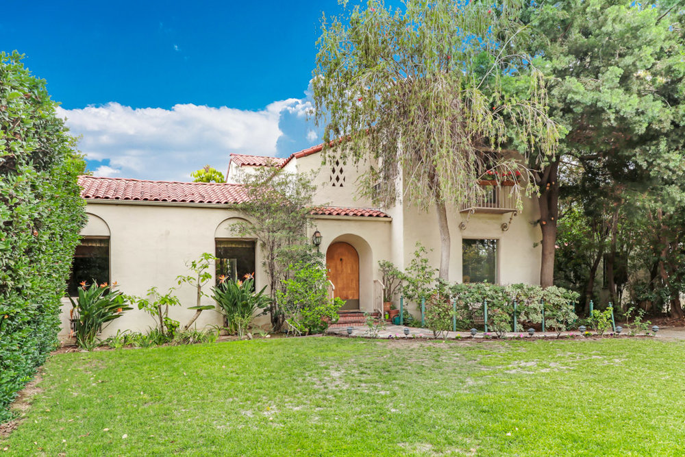 LowResMLS-real-estate-photography-1828 Laurel St-South Pasadena (3 of 22).jpg