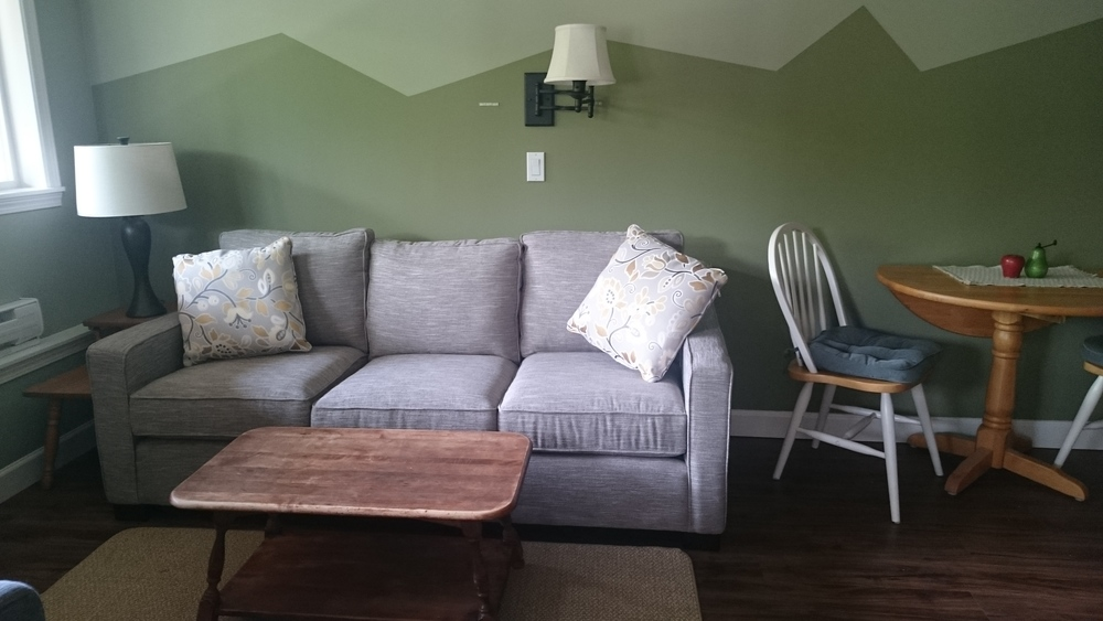 suite couch.JPG