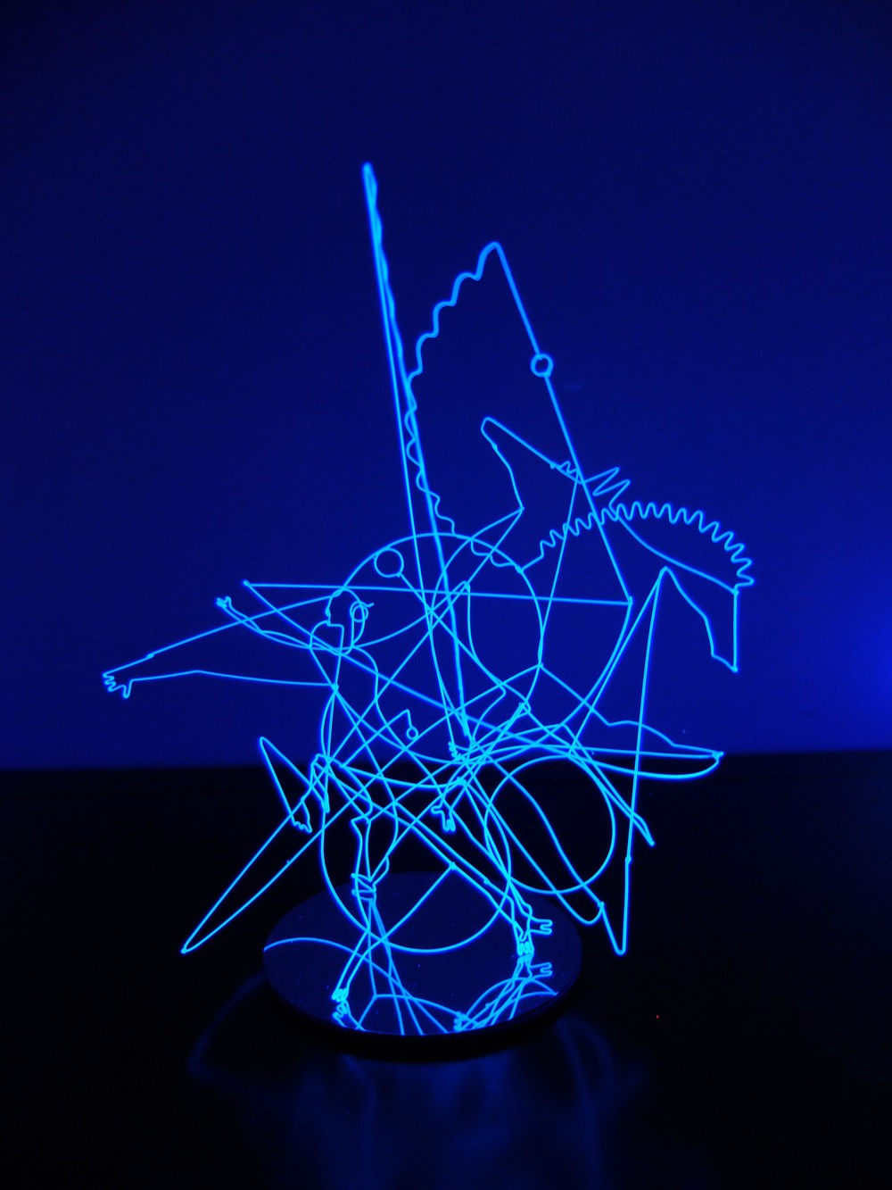 Lu Xinjian 陆新建, Wired Space No.5 天马行空之五, Wire, paint and resin 铁丝、漆、树脂, 44 x 39.5 x 27 cm