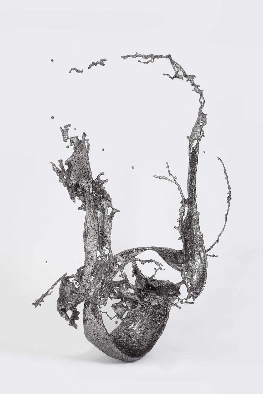 Zheng Lu 郑路, Water in Dripping No.4 淋漓四号, 2012, Stainless Steel 不锈钢, 300 x 180 x 270 cm