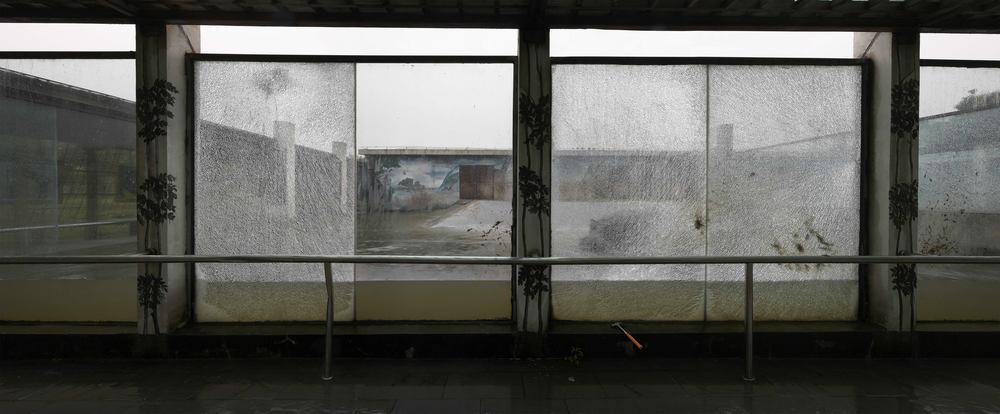 Li Qing 李青, Broken Pool 碎池, 2007, Photography 摄影