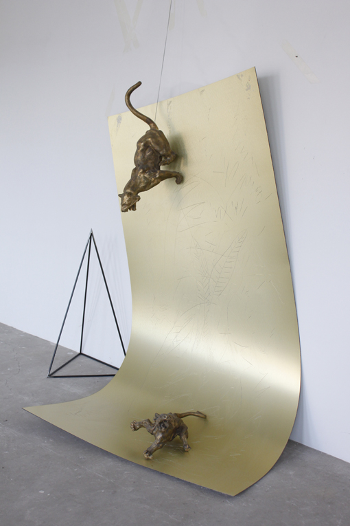 Yang Xinguang 杨心广, Two Tigers 两只老虎, 2012, Aluminum composite panel and iron 铝塑板铜与铁, 210 x 190 x 100 cm