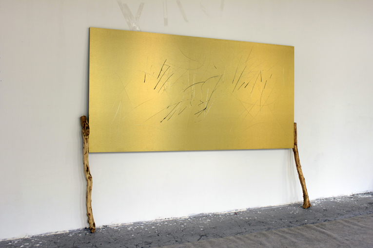 Yang Xinguang 杨心广, Golden No.8 金色8, 2014, Aluminium plastic board, iron and wood 铝塑板 、木、铁, 260 x 202 x 36 cm