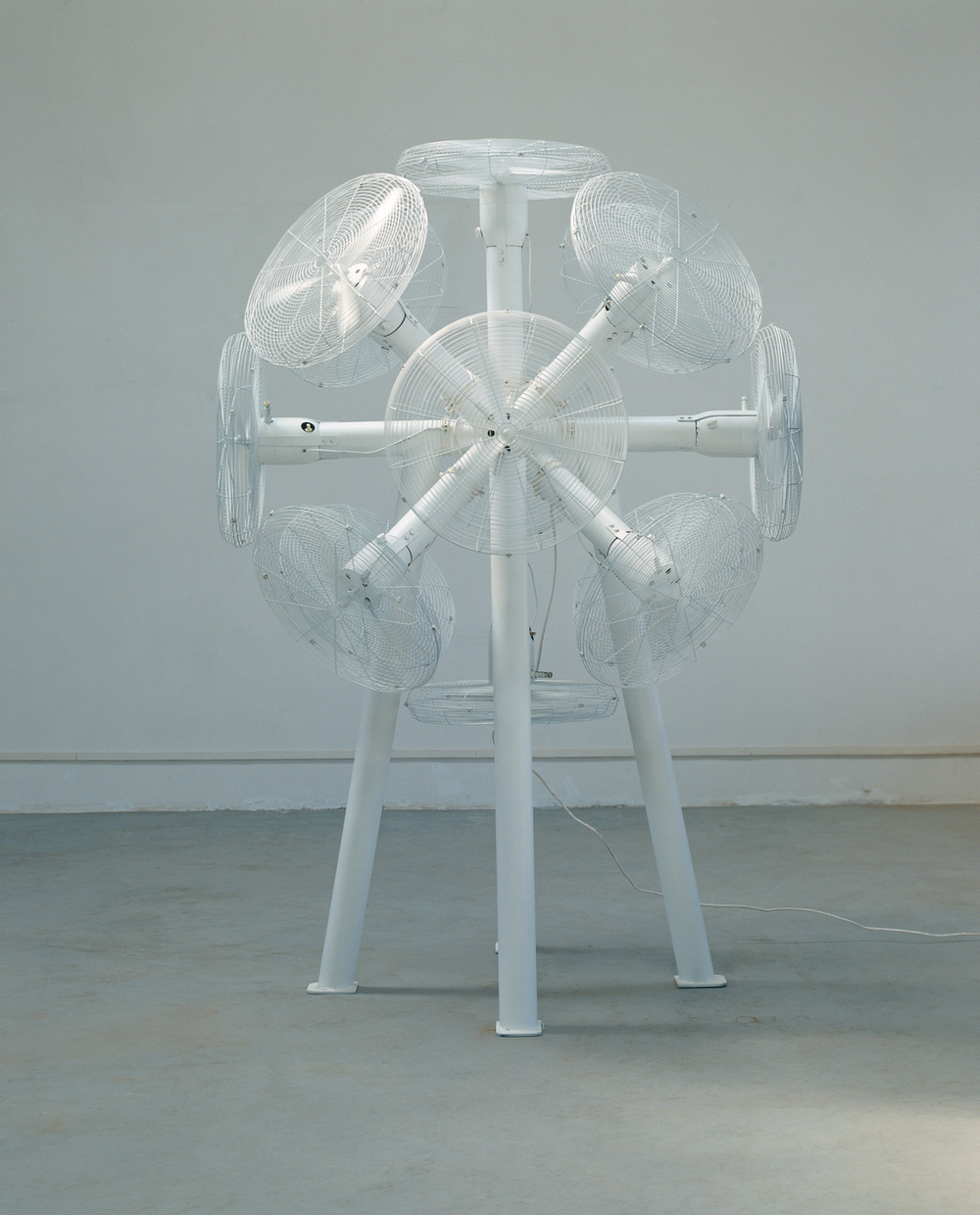 Gao Weigang 高伟刚, Buzz No.1 嗡嗡嗡一号, 2008, Electric installation and steel 电动装置、钢, 270 x 190 x 190 cm
