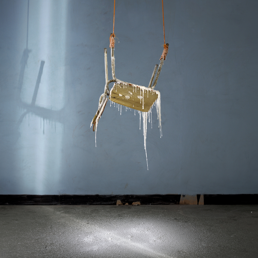 Chen Wei 陈维, Lesson of Weightlessness, 2009, Archival inkjet print 收藏级艺术微喷, 100 x 100 cm
