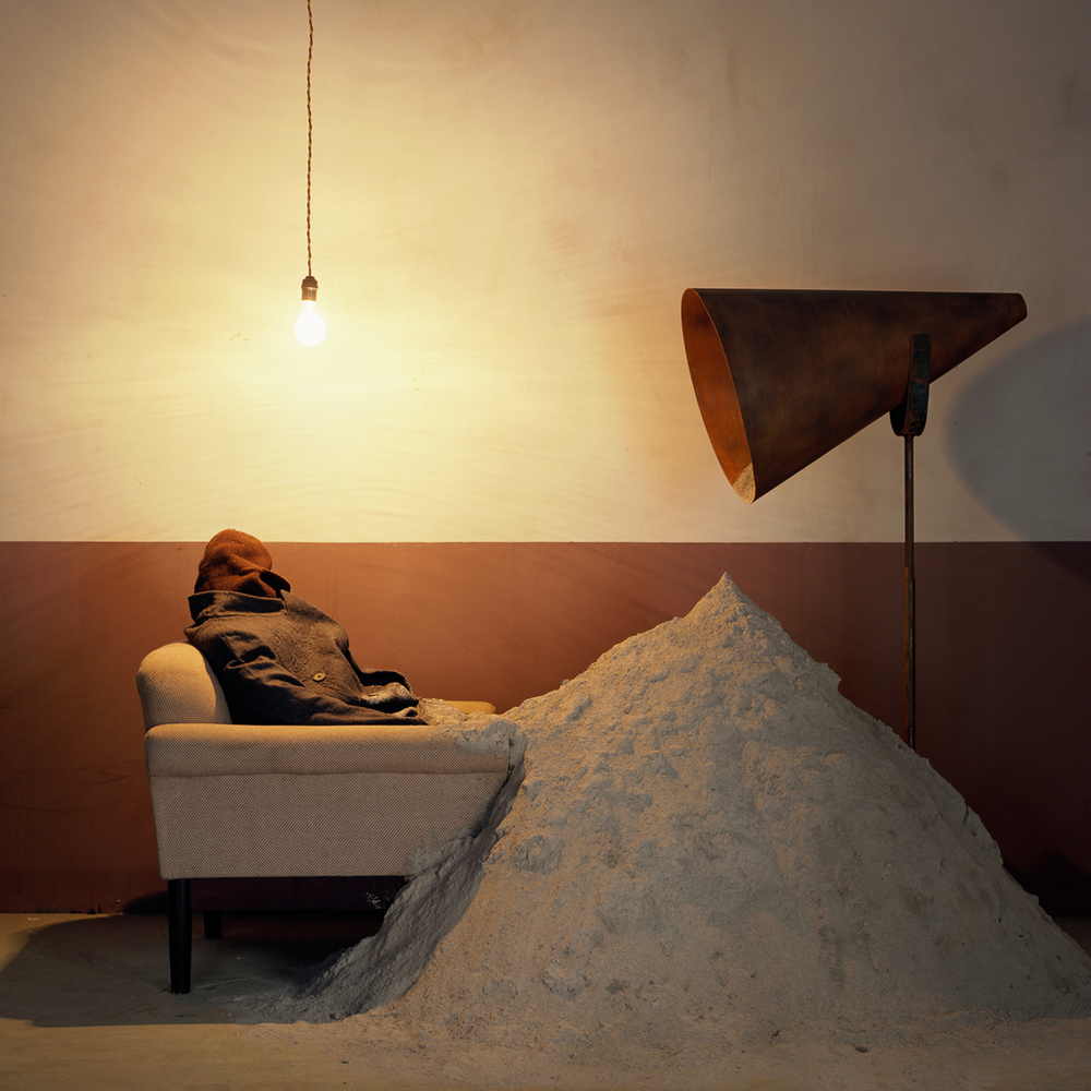 Chen Wei 陈维, Some Dust, 2009, Archival inkjet print 收藏级艺术微喷, 100 x 100 cm