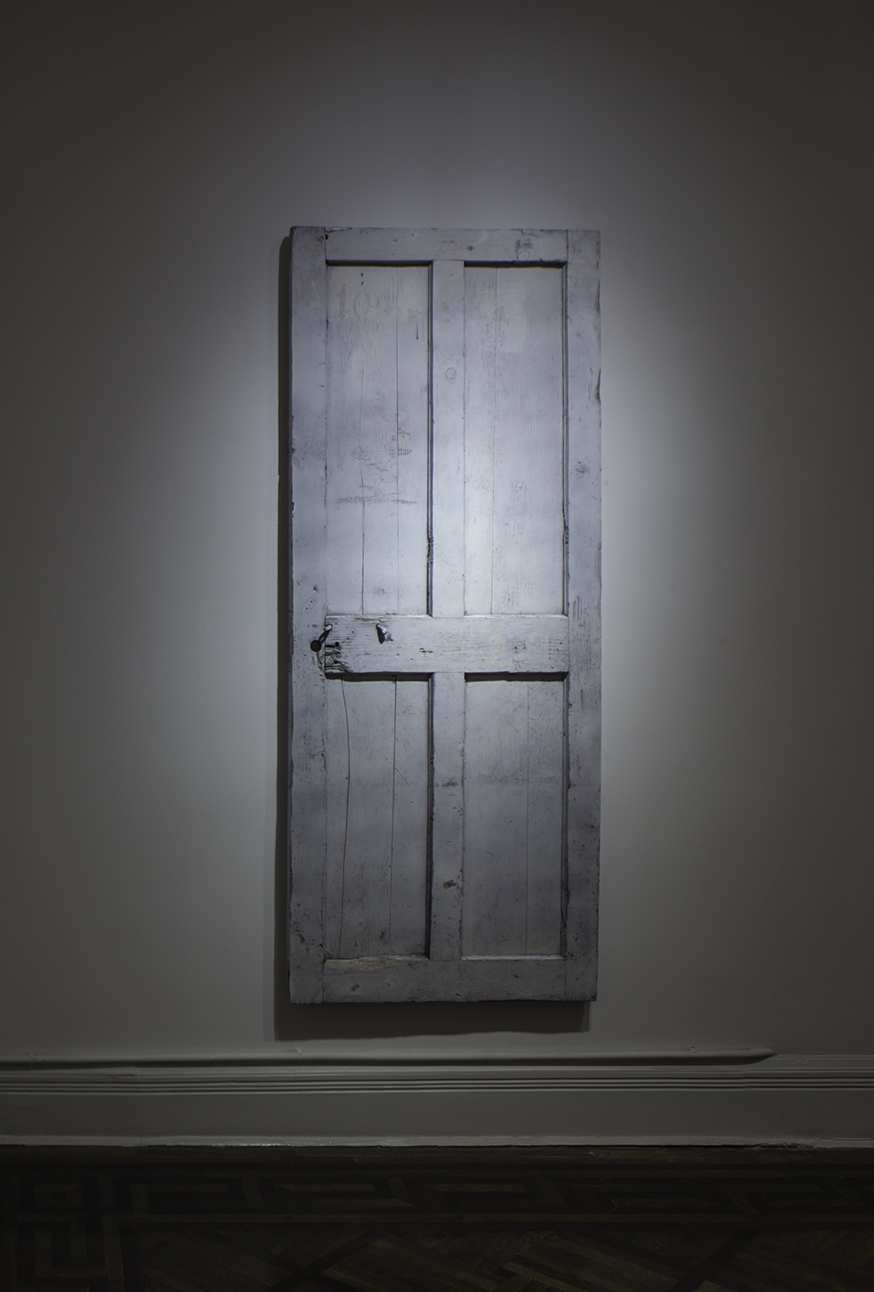 Chen Yujun 陈彧君, The Second Door 第二道门, 2015, Wood, iron parts and paint 木材、铁件, 油漆, 200 x 80 x 4 cm