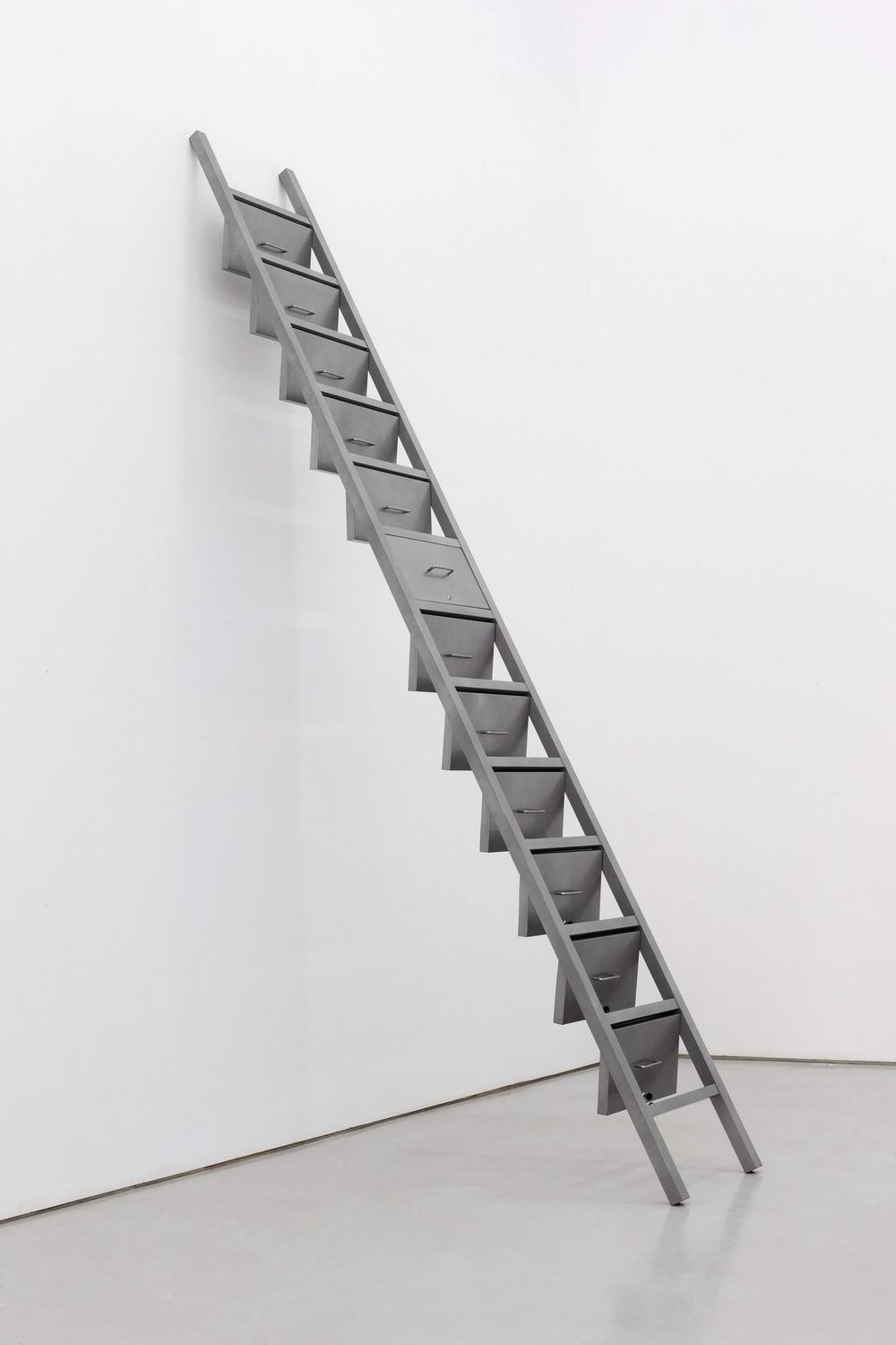 Gao Lei 高磊, A-712, 2013, Stainless steel and locks 不锈钢、锁芯, 60 x 21 x 472 cm