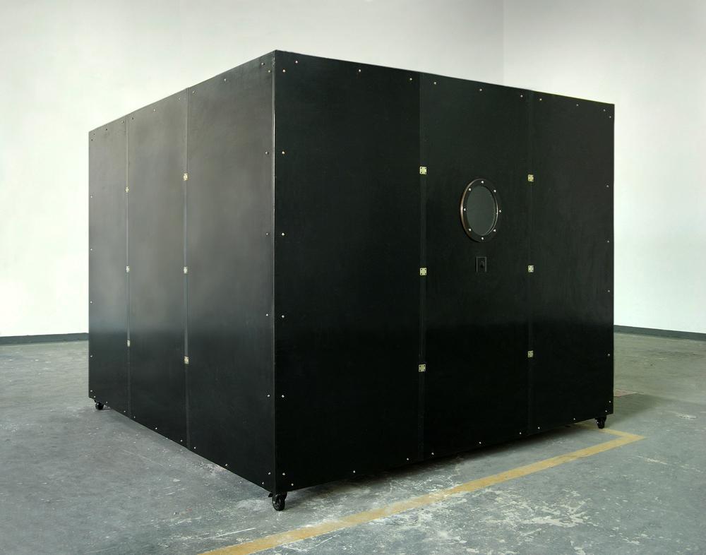 Gao Lei 高磊, A305, 2010, Mixed medium installation 综合材料装置, 230 x 300 x 300 cm