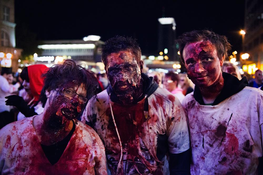 Zombie_Walk_Essen_2014_20141031_0005_1280px.jpg