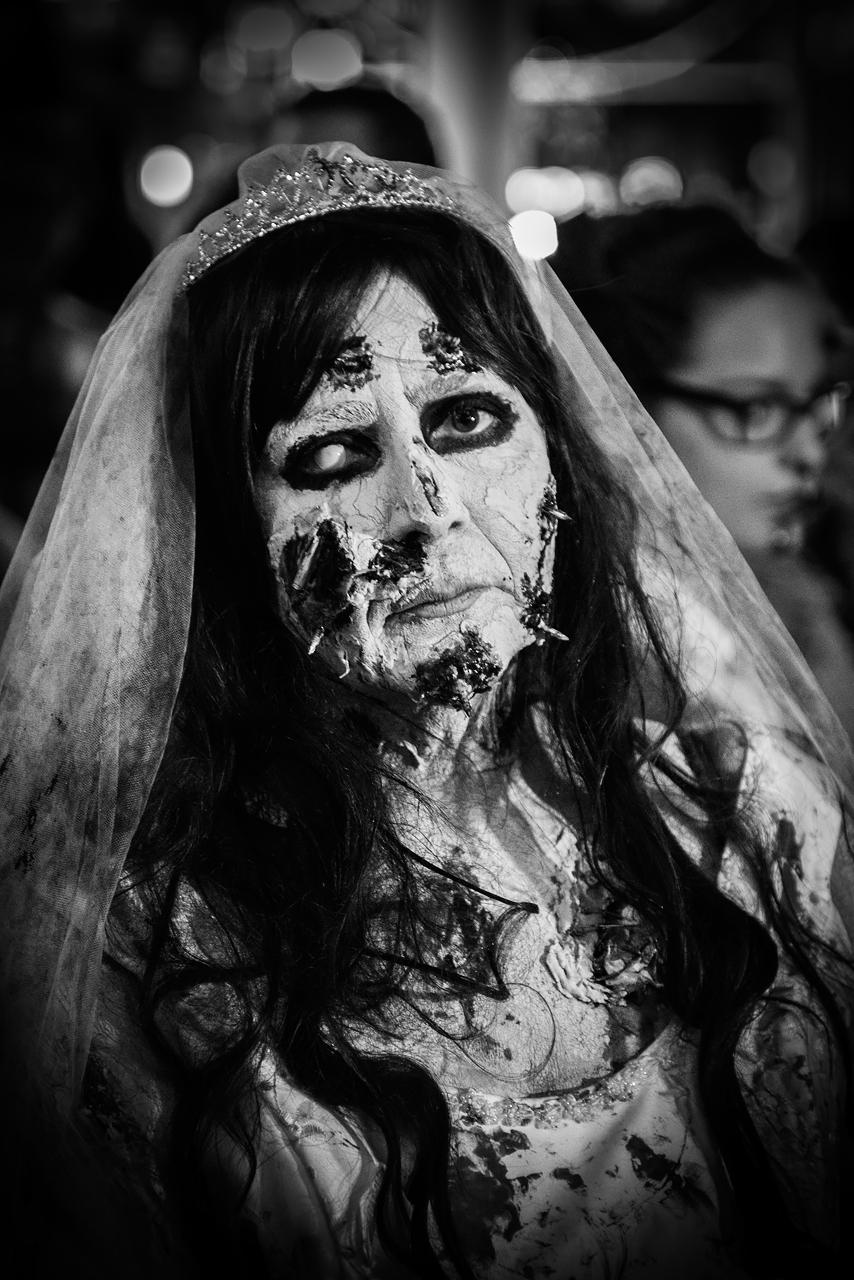 Zombie_Walk_Essen_2014_20141031_0013-3_1280px.jpg