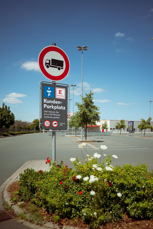 Supermarkt-Parkplatz_Kaufland_20180708_0310_2500px.jpg
