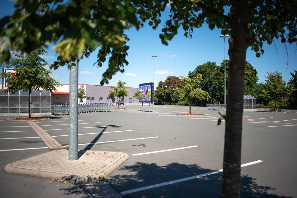 Supermarkt-Parkplatz_Kaufland_20180708_0302_2500px.jpg