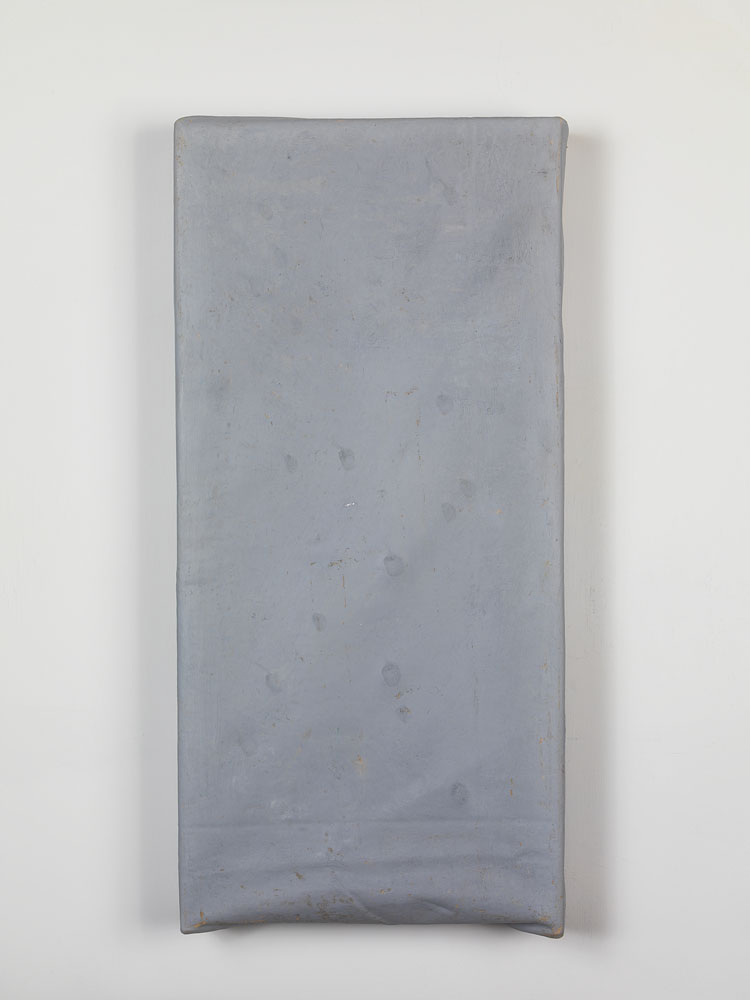 Folded-over Painting (Gray) ,  2011 oil, wax, canvas, wood cm 60 x 28 x 5 ca.