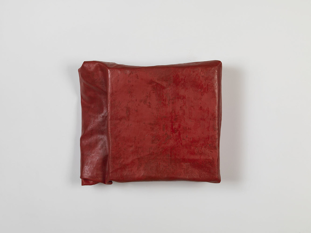 Folded-over Painting (red/#3) ,  2011 oil, wax, canvas, wood cm 30,5 x 33 x 8 ca.