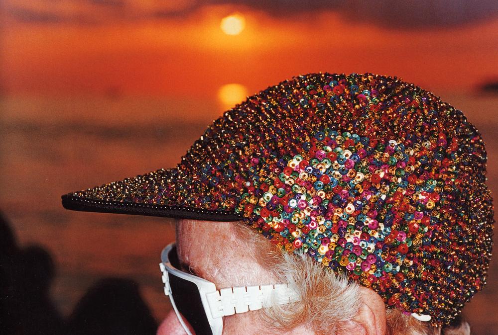 12) berretto pailettes,1997.jpg