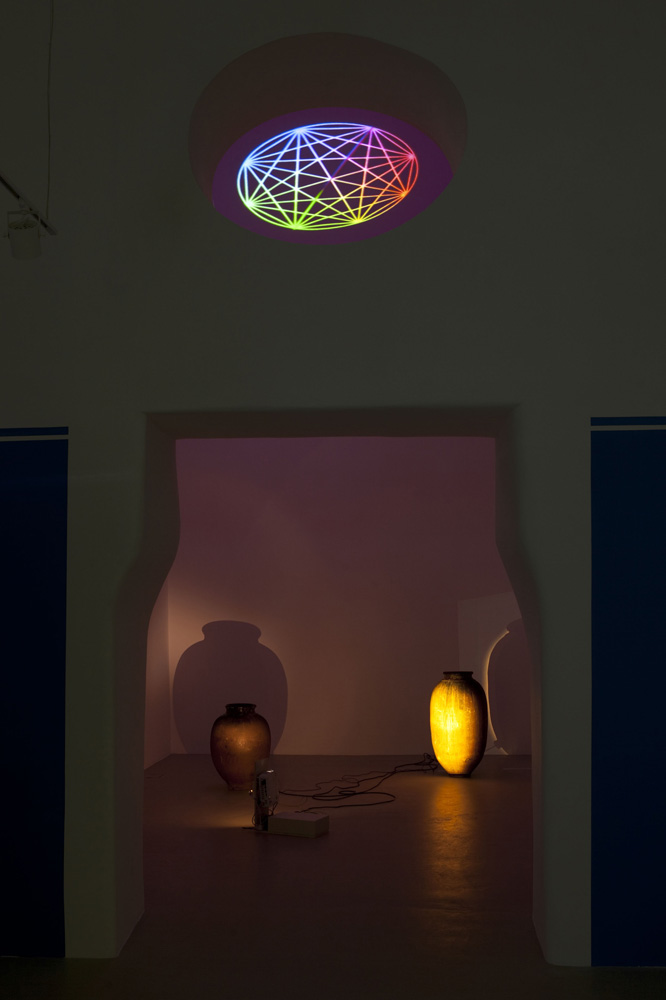 We Are One Body , 2012,   08:00 min         installation view