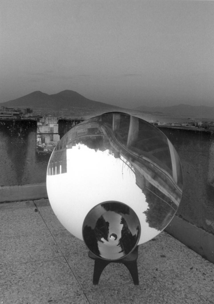 Installazione sul terrazzo di casa Trisorio / Installation on the Trisorio's house terrace, 1995