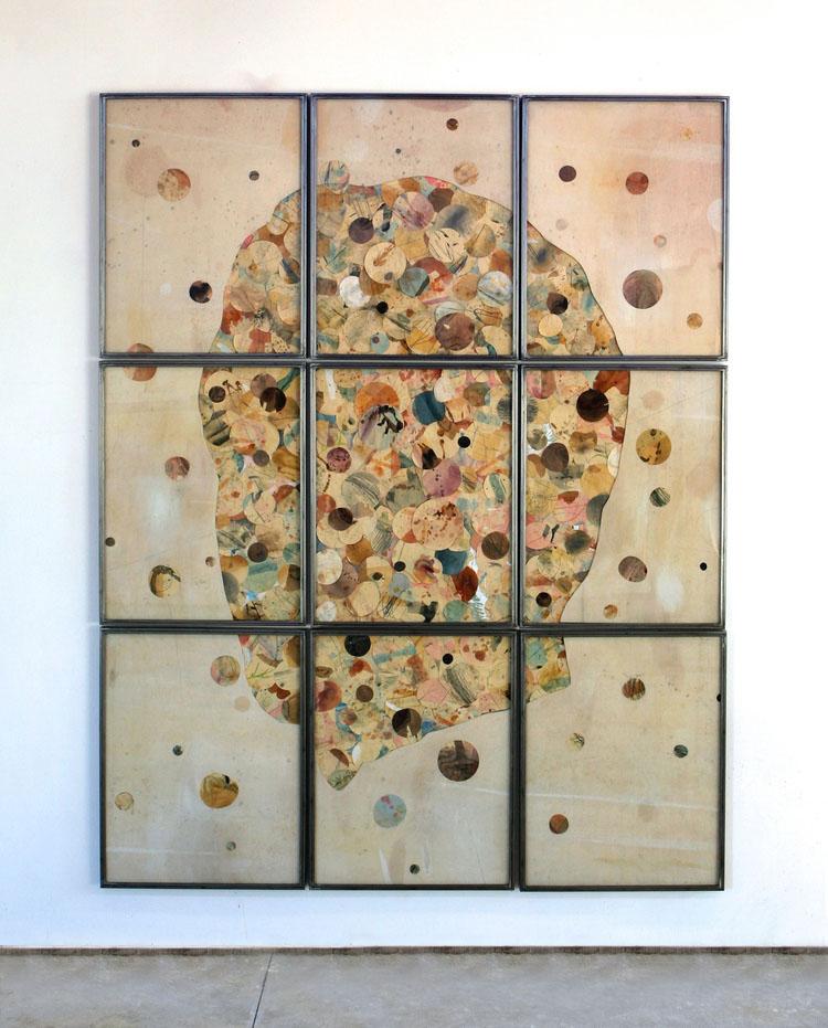 Senza titolo , 2016, tecnica mista su carta e tela, legno,ferro, vetro, cm 280x220