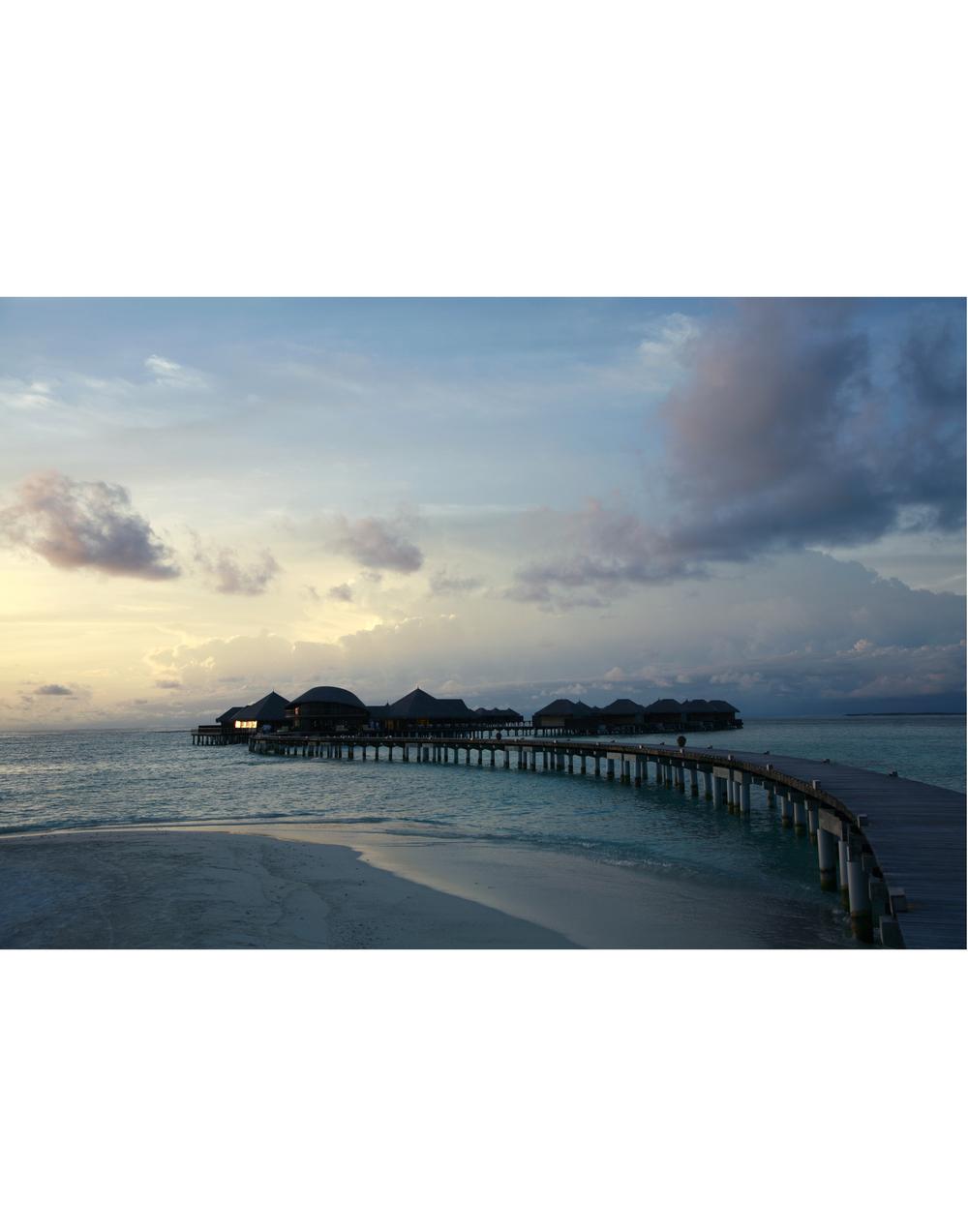 Maldivees Jetty.jpg