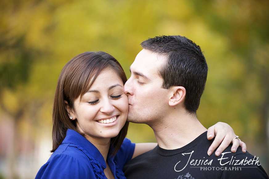 14-USC Engagement Shoot - Los Angeles Wedding Photographer_Marisa & John.jpg