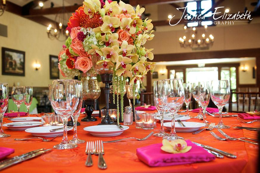 Arroyo_Trabuco_Ballroom_Jessica_Elizabeth_Photography_Tropical_Centerpiece.jpg