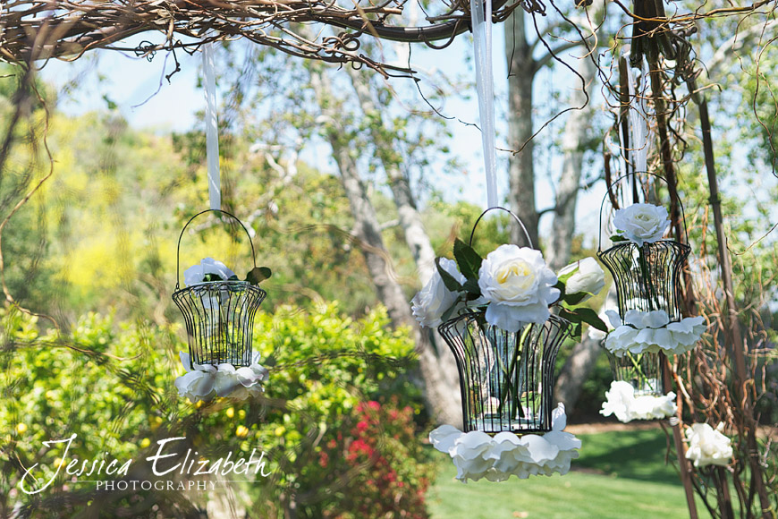 Arroyo_Trabuco_Wedding_Ceremony_Floral_Decor_Jessica_Elizabeth_Photography.jpg