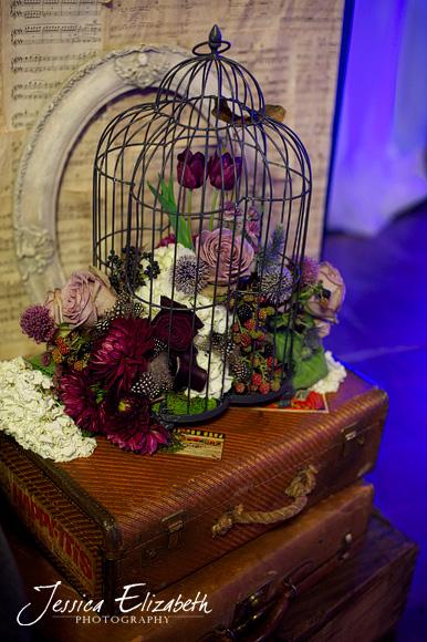 Casino_San_Clemente_Wedding_Photography_Jessica_Elizabeth_Florals.jpg