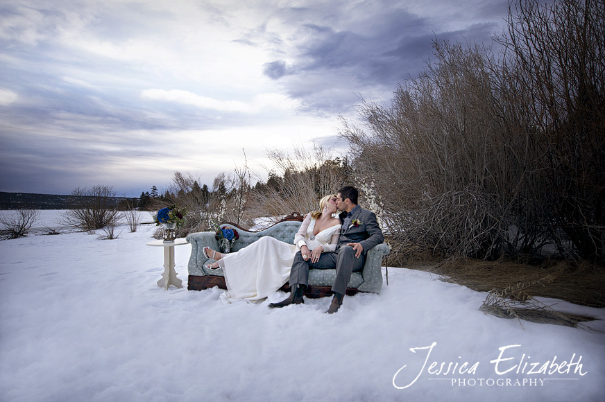 Jessica_Elizabeth_Photography_Big_Bear_Lake_Sky_Snow_Winter_Romance.jpg