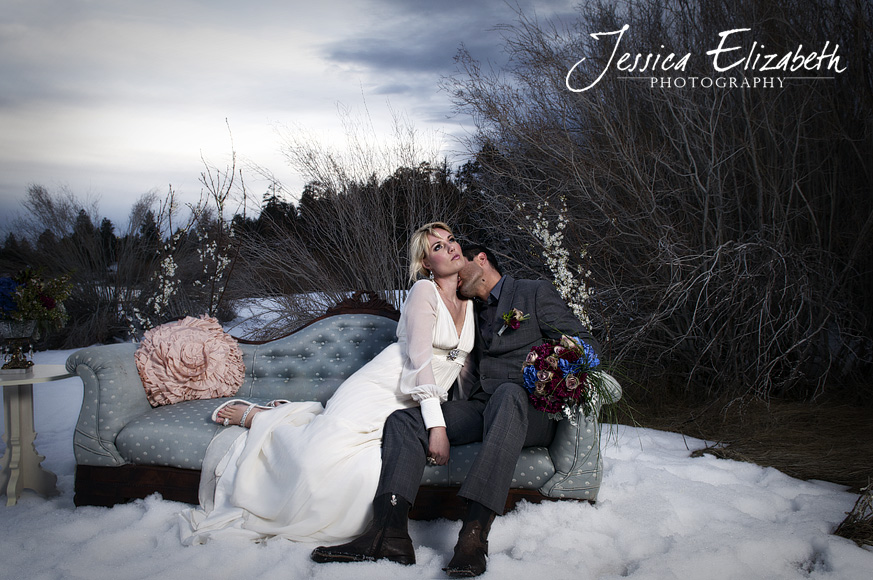Jessica_Elizabeth_Photography_Natural_Charms_Winter_Romance.jpg