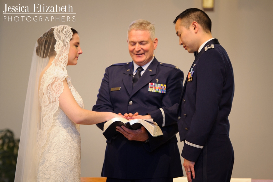 24-Redondo-Beach-Library-Wedding-Photography-Jessica-Elizabeth-Photographers-JET_1852_-w.jpg