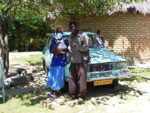 With the money from his chili business Maxwell Munetsi is now the very proud owner of this lovingly hand-painted Renault 12 which he uses to deliver information and training to the other members of the chili association.  Their business is now self-sufficient and thriving with exports to Germany.  The initial investment of solid training is now on the move and doing some serious mileage.