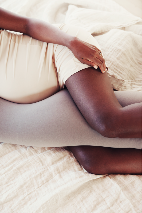 bbhugme_pregnancy_pillow_maternity_pregnant_motherhood_pelvic_knees_ankle_back.PNG