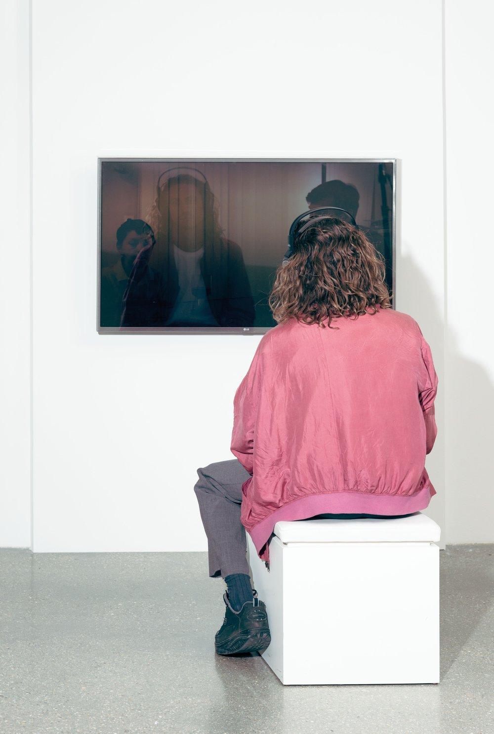 Keren Cytter, Ocean,2014 Foto: Thomas Albdorf, © Belvedere, Wien Courtesy Pilar Corrias Gallery, London