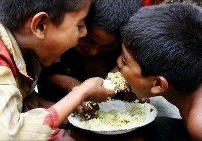boys_sharing_food.jpg