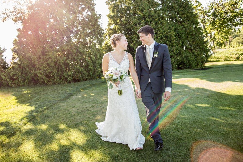 weddingphotography-brideandgroomportraits-elkhornwi-katydaixonphotography-1.jpg