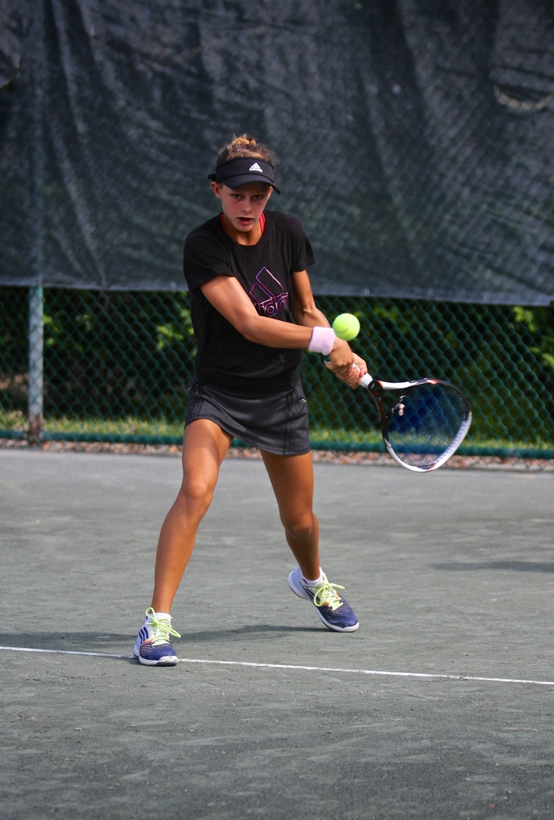 gomez-tennis-academy-Caroline.jpg