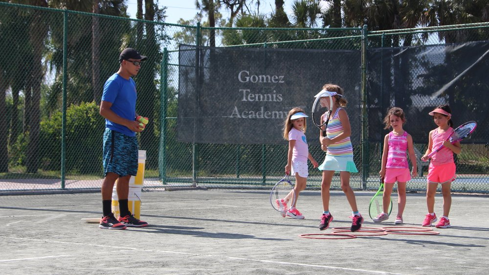 LITTLES ACADEMY - Entry level tennis training for young players after school hours.