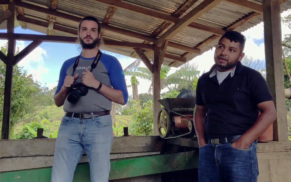 With Alianza amigo Simon Ruiz translating, Jairo shares with visitors the challenges of combating la roya, adjusting for increased rainfall, and staying afloat in a volatile coffee market. Within the last couple years, coffee prices dropped more than 50%.