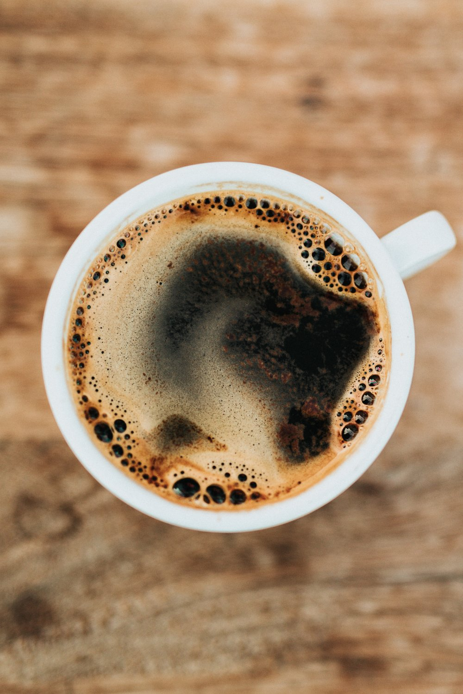 Drikker du ikke kaffe? Tro mig, det kommer du til, når du bliver far.  (Foto: Nathan Dumlao via Unsplash)