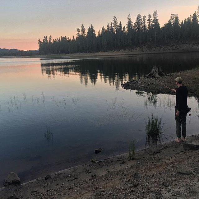 Wickiup Reservoir; swimming/ camping / fishing / stars // . . @bicijohn @courtney1sunshine @tenkararodco