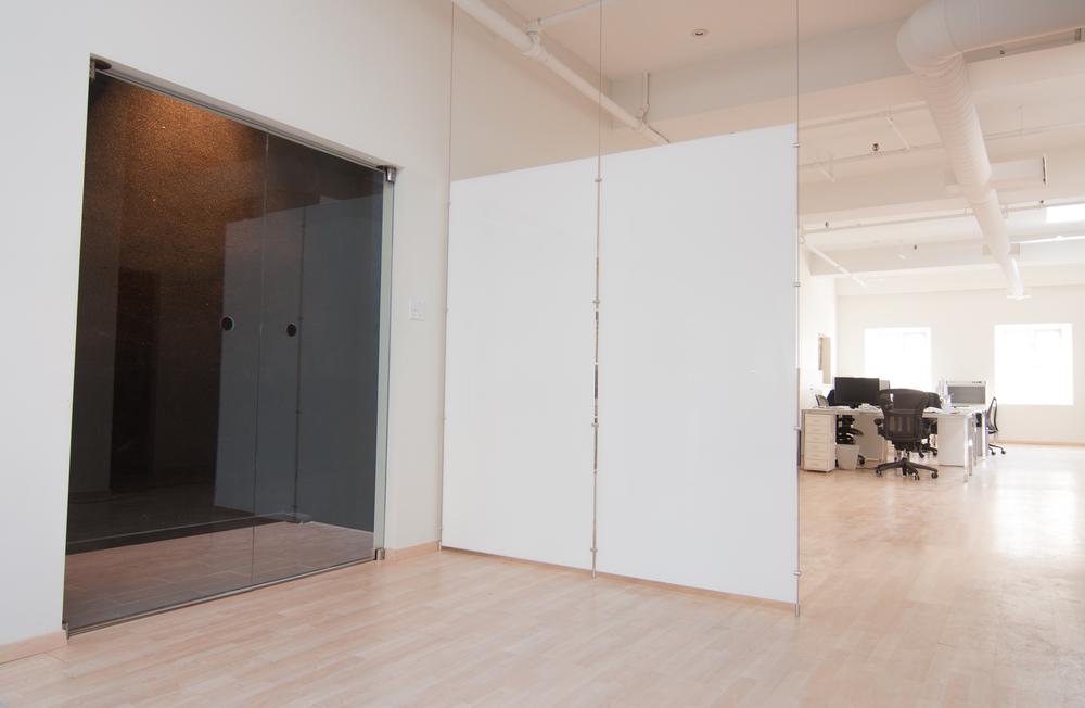 Synergies design un design sur mesure votre image - Porte coulissante apparente ...