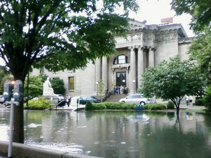 2009 flood piture york stree.jpg