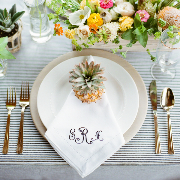 Table | Preppy Pineapple | Jen Rios Weddings | Amanda Watson Photography | Oh, Deery! Floral | Pink Champagne Paper | Natalie Grace Calligraphy Co.