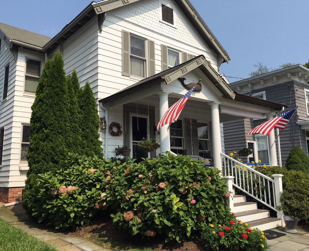 Venue: Vintage Cottage