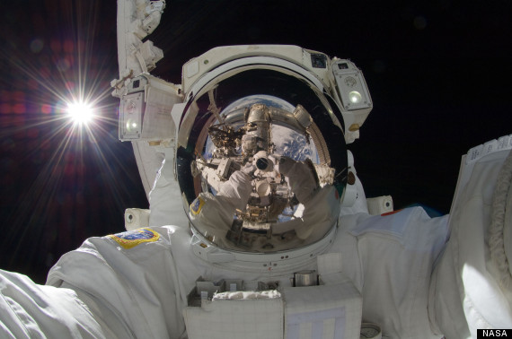 o-SPACE-SELFIE-570.jpg